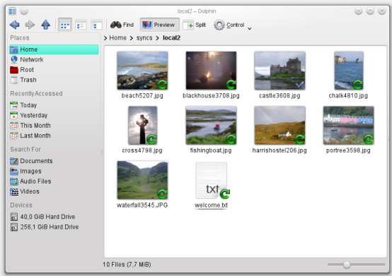 KDE's Dolphin with overlay icons for ownCloud